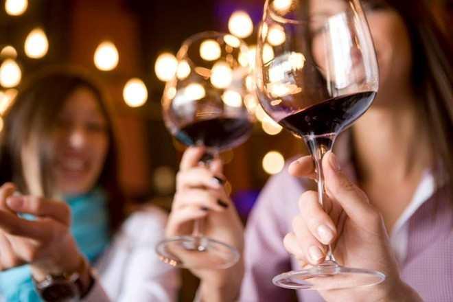 Cách uống rượu vang